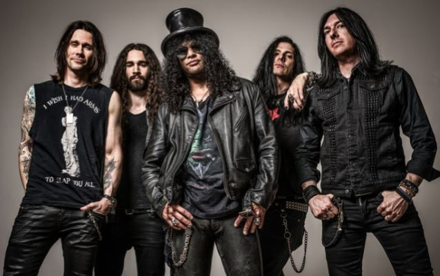 Slash Featuring Myles Kennedy And The Conspirators